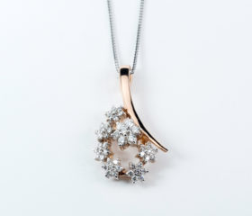 Collana Fantasia con Diamanti