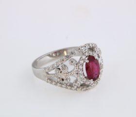 Fascione con Rubino e diamanti